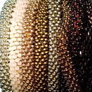 Silber-, Gold-, Bronze- & Metalltöne